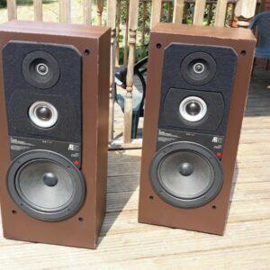Acoustic Research AR92N renovados altavoces con un sonido excepcional