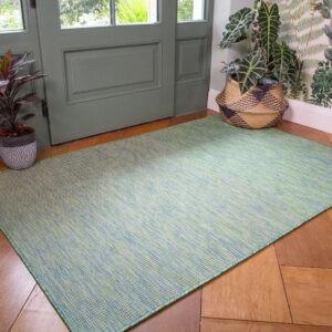 Alfombra de exterior verde de alta calidad    Alfombra de jard├Гn de pl├Аstico resistente al desgaste    Corredores de pasillo