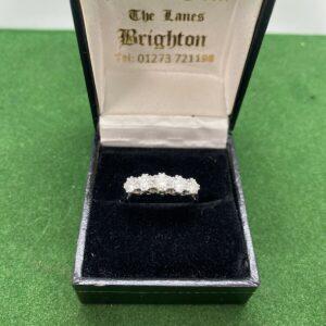 Anillo de diamantes 5 piedras