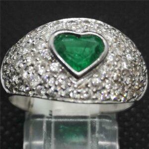 Anillo de diamantes de 18 quilates