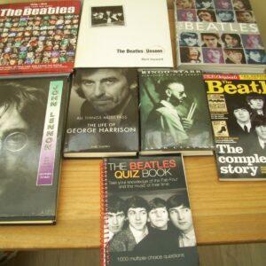 Colección de 8 libros de los Beatles en perfecto estado