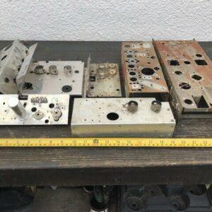 Job Lot usó chasis de acero y aluminio para electrónica de amplificador de radio de válvula
