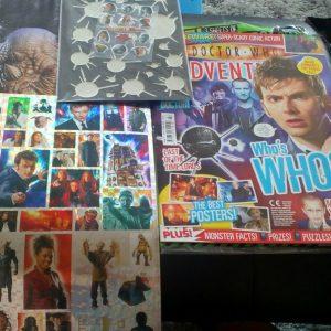 Revista doctor who, con póster y pegatinas de noviembre a diciembre de 2007