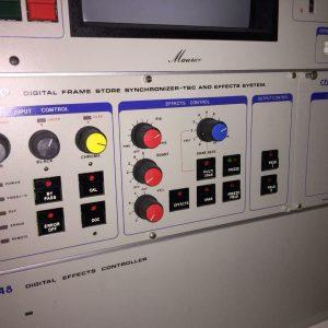 Sincronizador de almacenamiento de fotogramas digitales P147-30 de CEL Electronics - TBC (Editor de video)