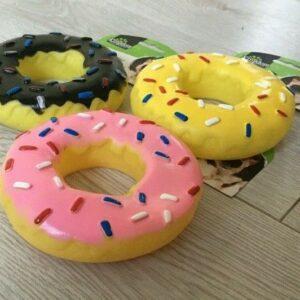 Suministros para perros y mascotas Donut de juguete chillón, rosa, amarillo, negro, Kingdom Pet Care NUEVO