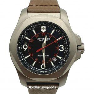 Victorinox Swiss Army para hombre INOX 241778 Reloj con correa de cuero marrón titanio