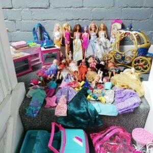Vintage & new Barbie Dolls & Clothes, Accessories, car, kitchen Massive Bundle