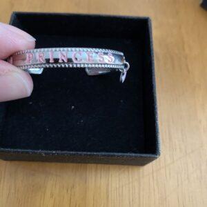pulsera de plata para bebés