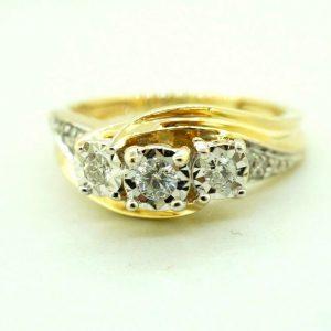 10K Yellow Gold Womens Diamond Ring  3 Top Stones    Free Sizing #22758B