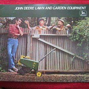 1977 JOHN DEERE LAWN GARDEN EQUIPMENT BROCHURE