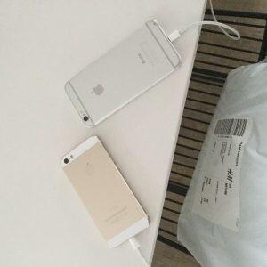 2  Faulty Phones