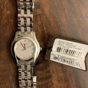Gucci YA055501 Diamond Mother-of-Pearl Dial 5500L Series Women's Watch $1,250