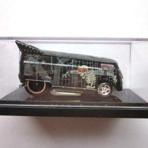HOT WHEELS LIBERTY PROMOTIONS -  2005 HAPPY HALLOWEEN VW DRAG BUS 26 /1300 LOW #