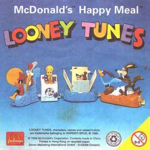 McDonalds Happy Meal | Looney Tunes PVC Toy Figure 1996 Coyote Tweety Roadrunner