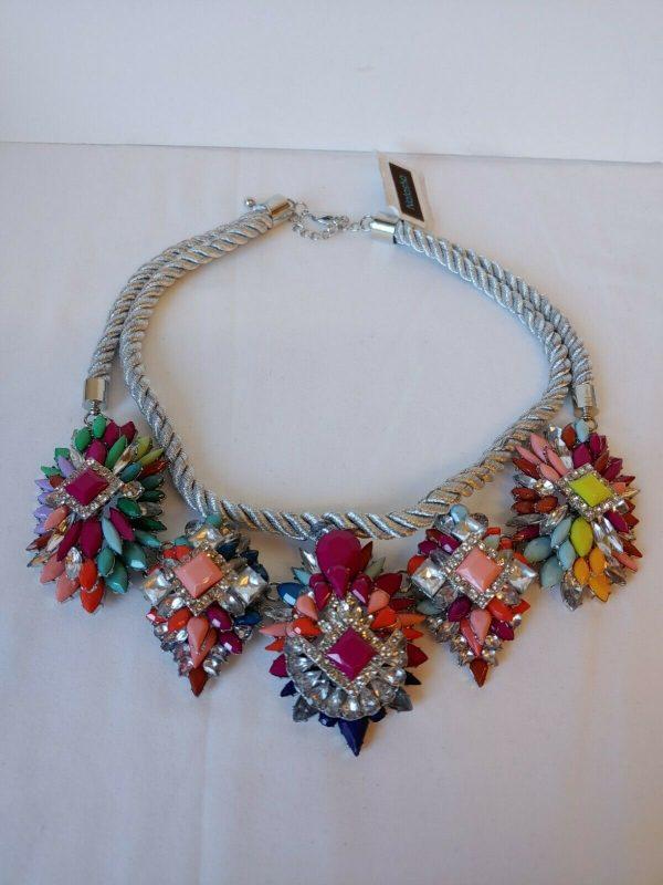 Natasha NWT Beautiful Multicolored Choker Necklace Silvertone