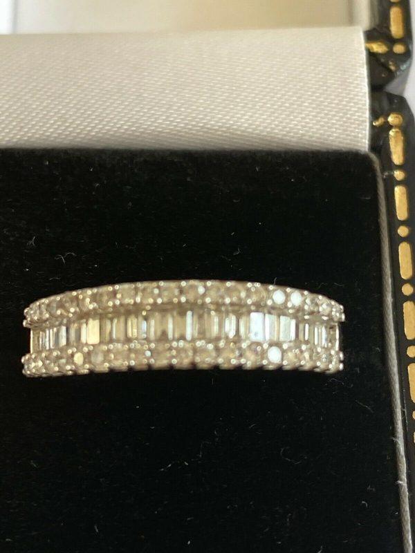 Pretty 18ct White Gold Diamond Half Eternity Ring. Size M . Item A8726