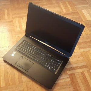 Schenker XMG Pro 17 Gaming-Laptop - Neupreis 1705€