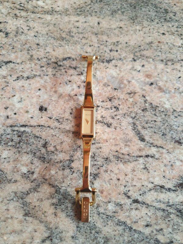 Ladies Gucci 1500L Gold Watch Genuine